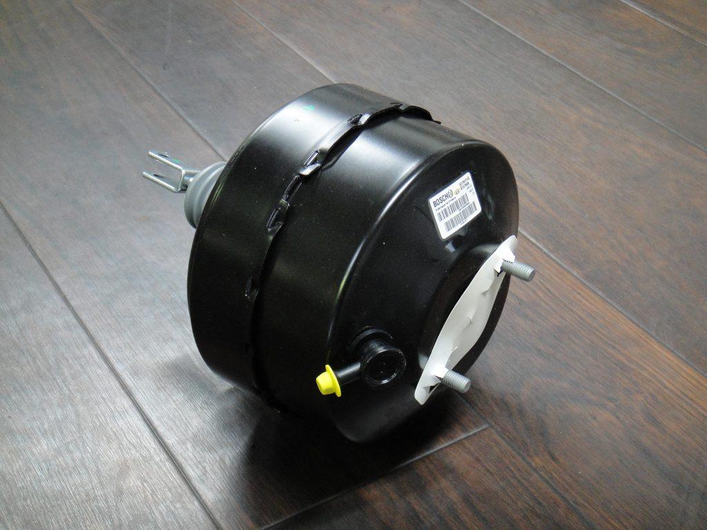 ボルボV90/960/940ブレーキブースター入庫
