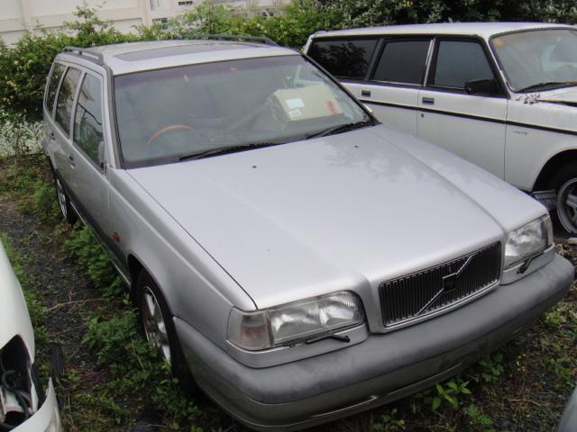ボルボ850(96年)部品取り車入庫