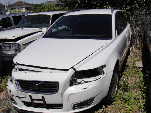 ボルボV50(2010年)DrivE部品取り車