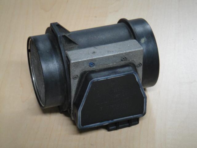 クラシックパーツボルボ240/740エアフロセンサー(中古品)